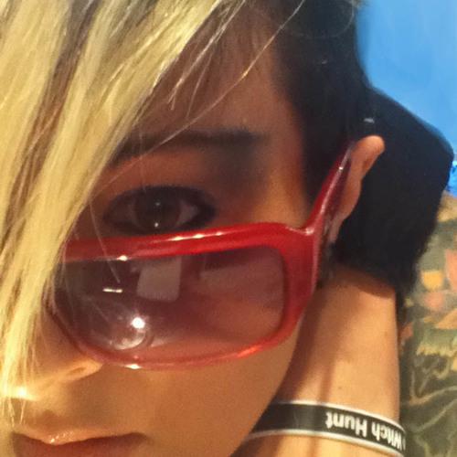 izzie Voodoo's avatar