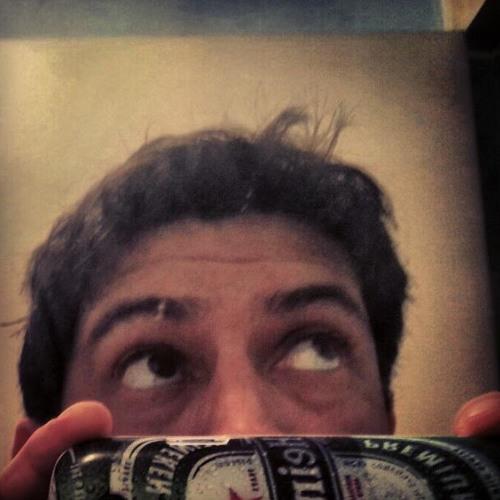 Héctor Chumpitazi's avatar
