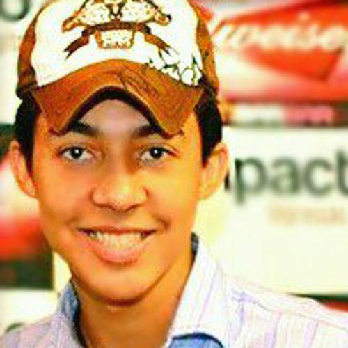 Lucas Antunes's avatar