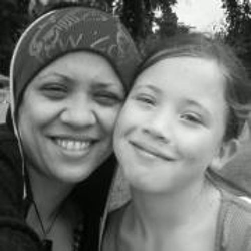 Stephanie Ngahooro-Smith's avatar