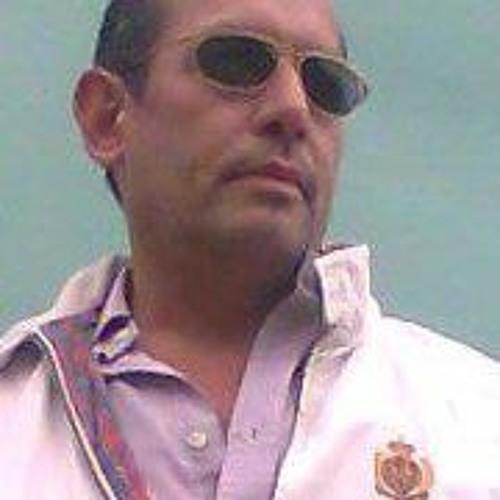 Gus Martinot's avatar