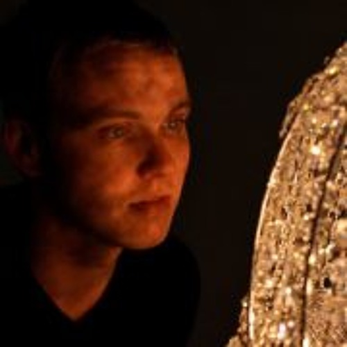 Alex Zay's avatar