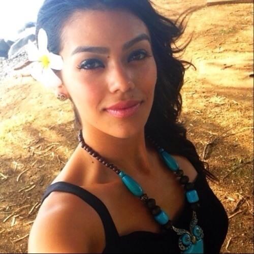 Eliza Ramirez's avatar