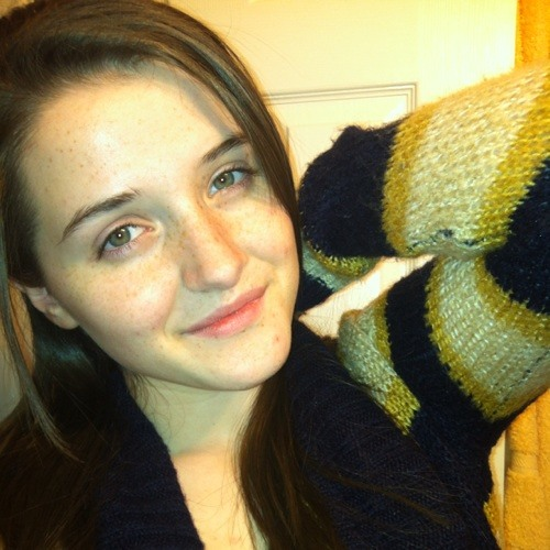 Estherzaharie's avatar