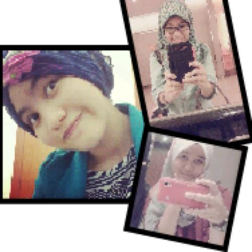 Farisha & Farhana's avatar