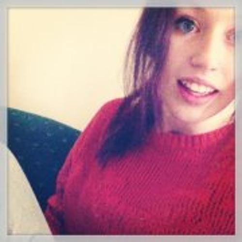Chloe Pinkerton's avatar
