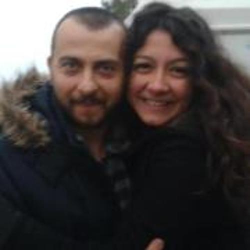 Yasemin Baran's avatar