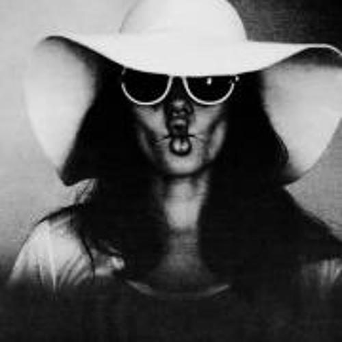 Janett Tro's avatar