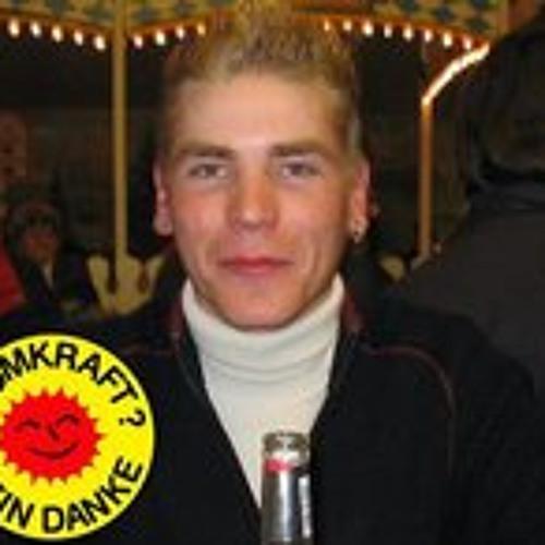 Tuschi381's avatar