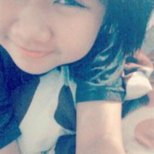 Song Yi Jing's avatar