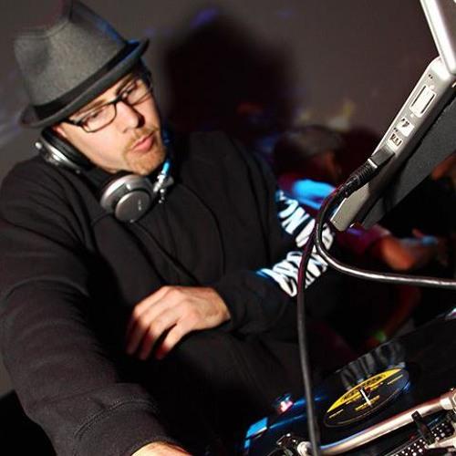 DJ Cocheze's avatar