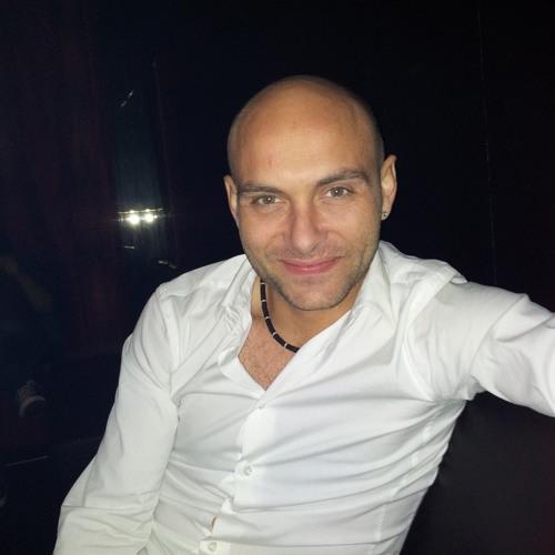 Leandro Alves 22's avatar