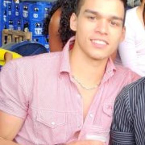 Ramon Fernandes 10's avatar