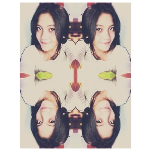 Rikahsna's avatar