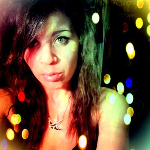 Nadine Sanders's avatar