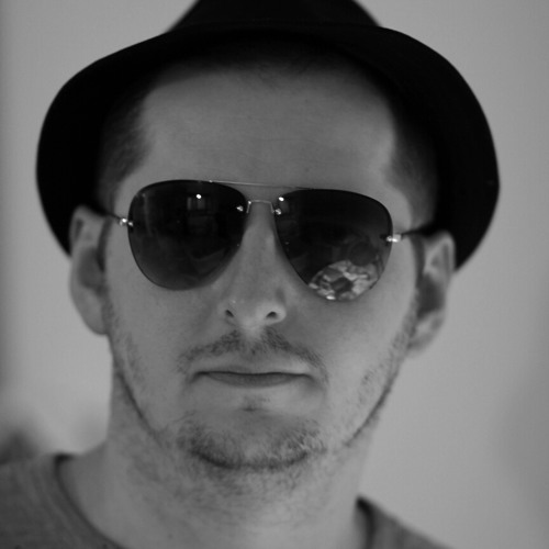 Robert Red's avatar
