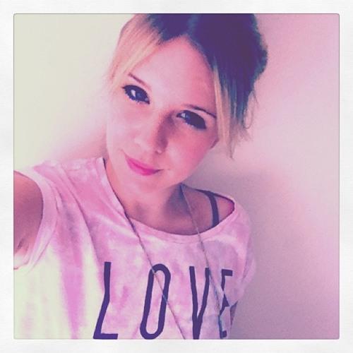 Natalie Varnham's avatar