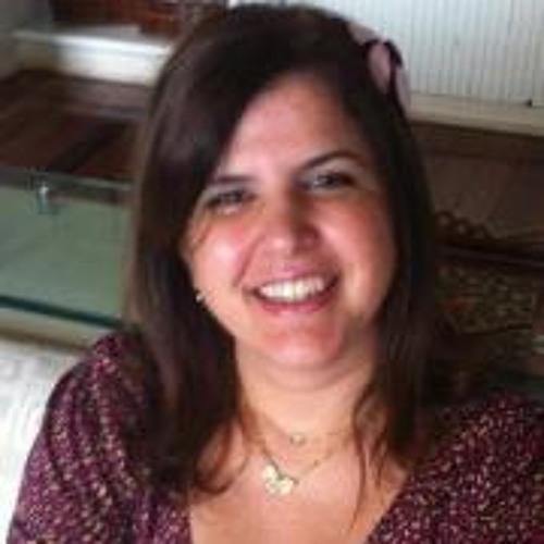 Taciana Albuquerque's avatar