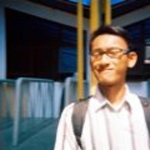 Gilang Ageng's avatar