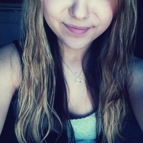 Alexa Rose Lee's avatar