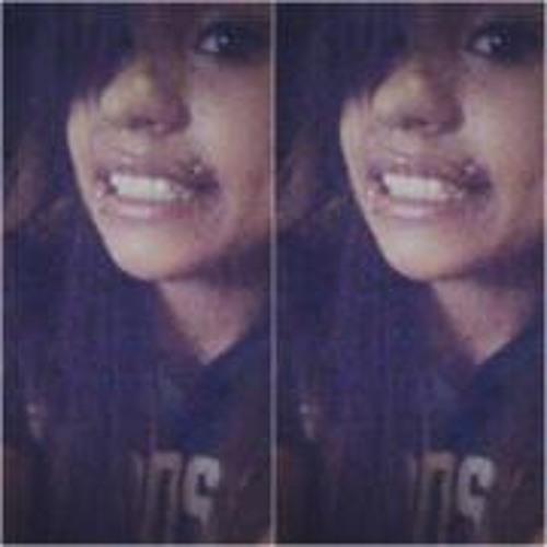 Leti Alvarez's avatar