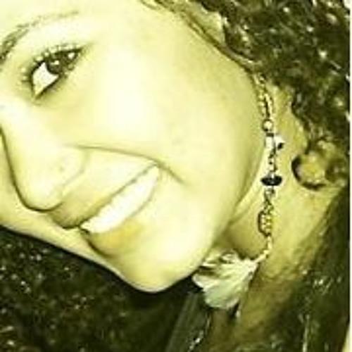 Carla Angelina's avatar