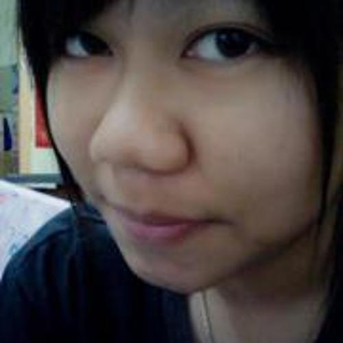 Yukiko Leong's avatar