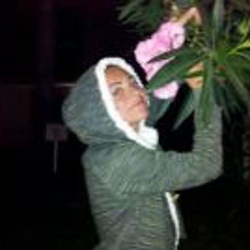 Lucia Mones's avatar
