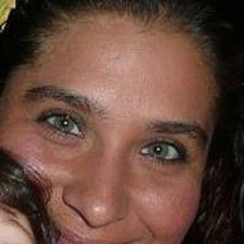 Flor Melo's avatar