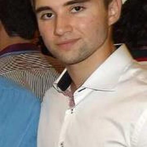 Luiz Felipe Castagna's avatar