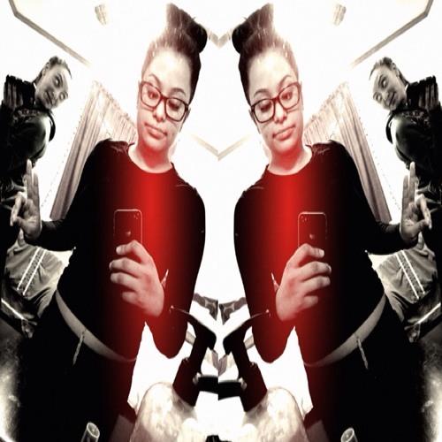 Laur33 1's avatar