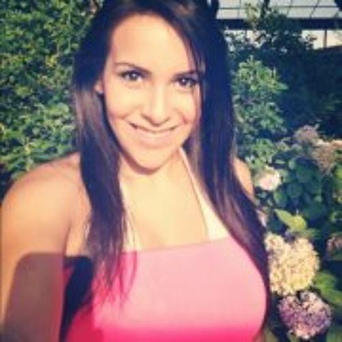 Angelina Valderrama's avatar