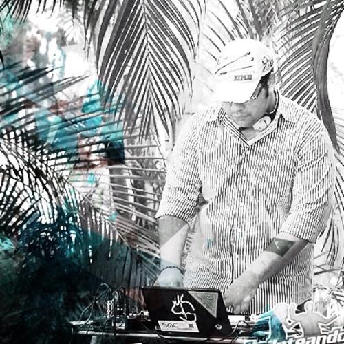 DJ HENRIKZ's avatar