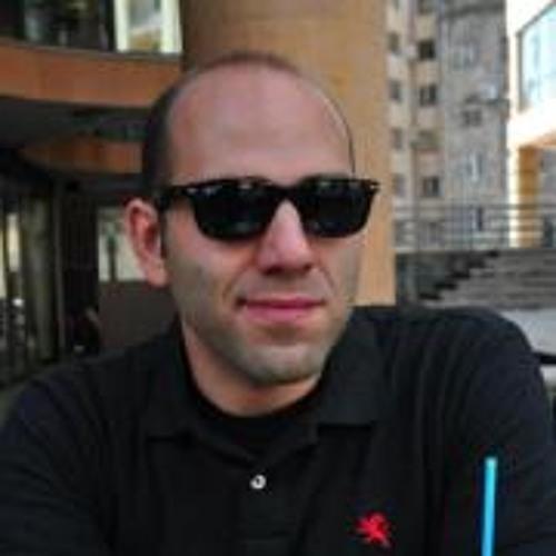 David Sirunian's avatar