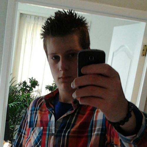 chrisv_97's avatar