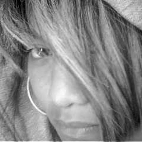 Ariana Toetoe's avatar