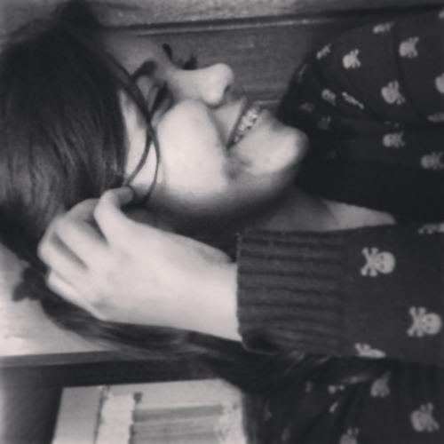 Giovanna Azevedo's avatar