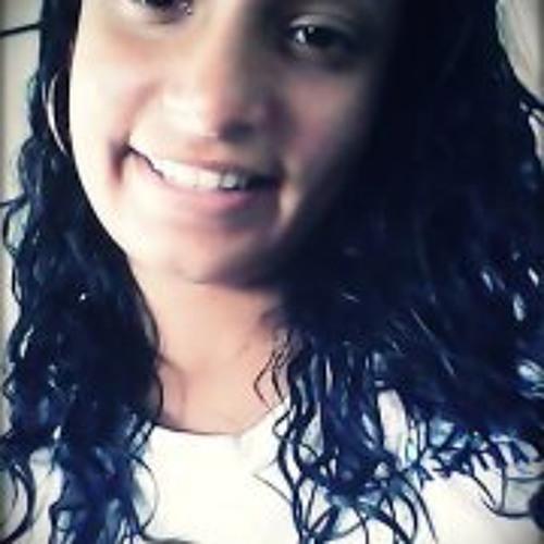Gabriely Salles's avatar