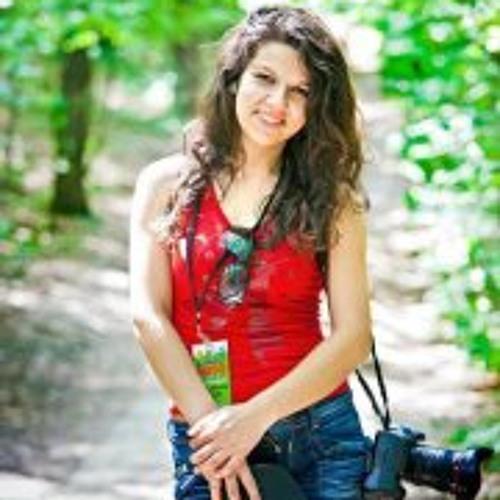Ana-Maria Mihai's avatar