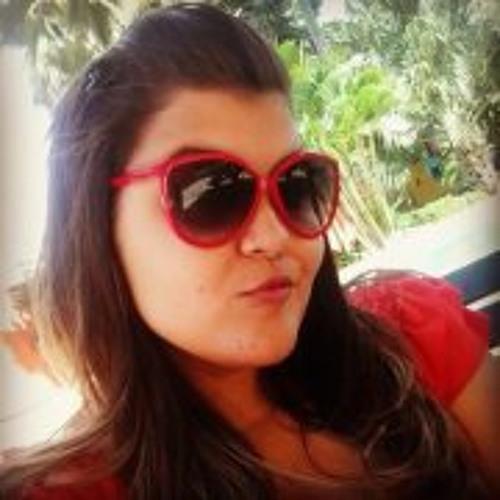 Luiza Gadelha's avatar