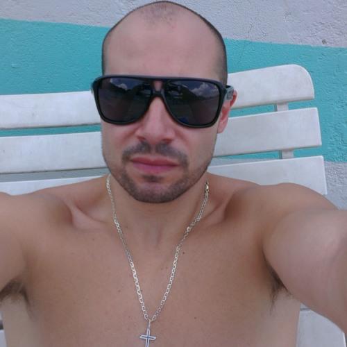 Plaza_d-_-b's avatar