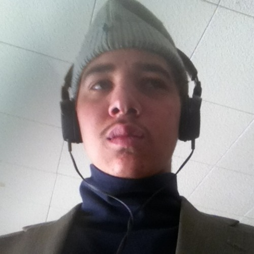 mynamelouie's avatar