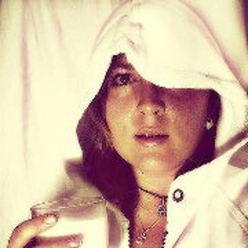 Shabnam Sue's avatar