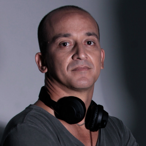 AlexLawrence's avatar
