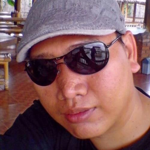 elyas_brown's avatar