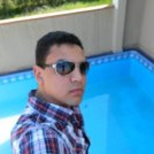 Cristiano Rocha 8's avatar