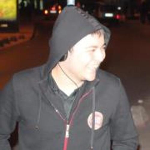 Batuhan Ayhan's avatar