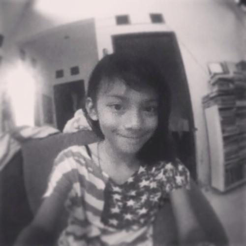 Aida Ameera's avatar