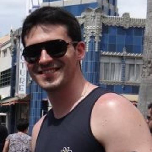 Luthi Monteiro's avatar