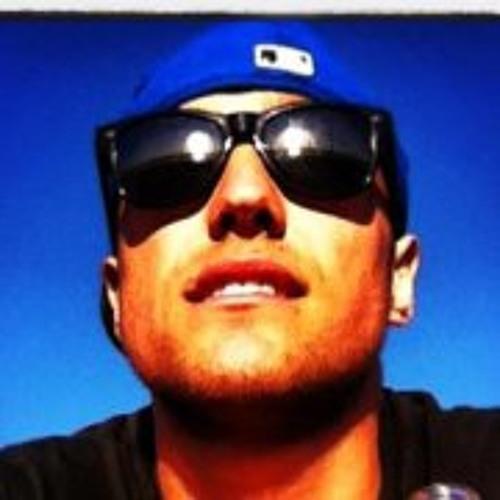 Aaron Michael Schilling's avatar
